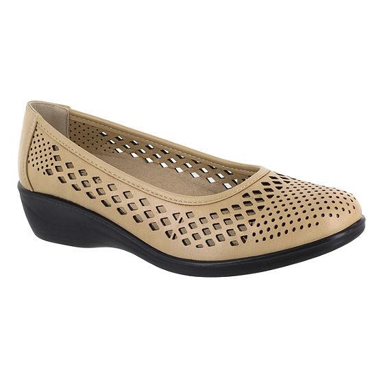 Easy Street Womens Mona Round Toe Slip-On Shoe