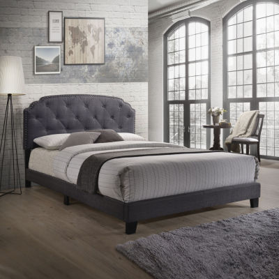 Tradilla Tufted Bed
