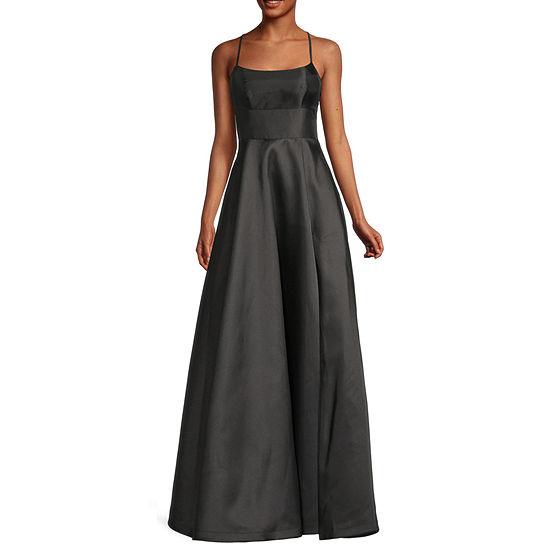 B. Smart Sleeveless Juniors A-Line Dress