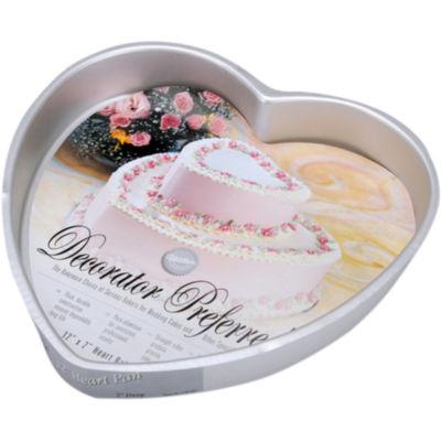 Wilton® Decorator Preferred Heart-Shaped Cake Pan