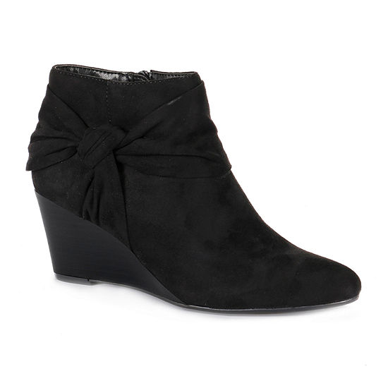 Andrew Geller Womens Yeve Wedge Heel Booties