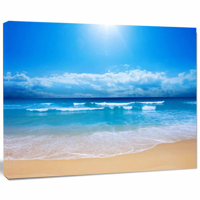 Designart Paradise Beach Seascape Photography Canvas Art Print