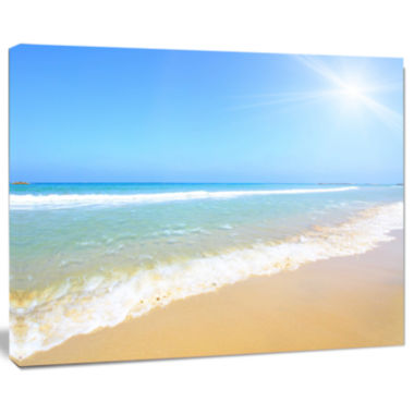 Designart Sun Over Tropical Beach Seashore Photo Canvas Art Print