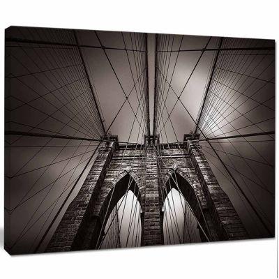 Designart Brooklyn Bridge In NYC USA Canvas Art Print