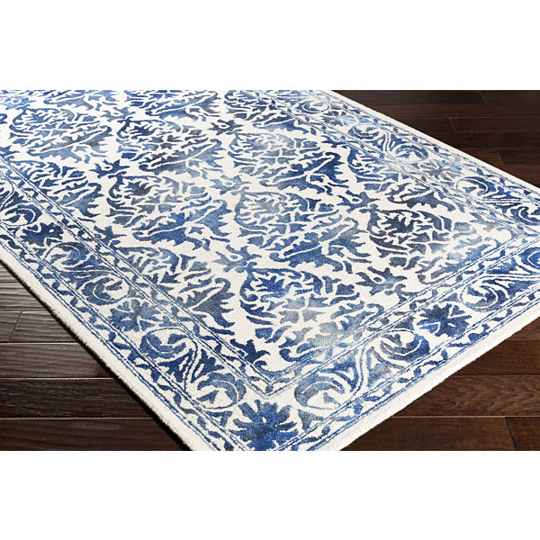 Murillo Damask Round Area Rug