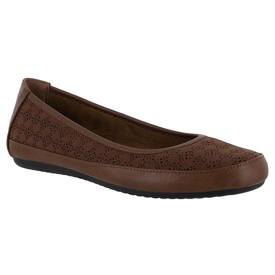 Easy Street Womens Benny Slip-On Shoe Round Toe