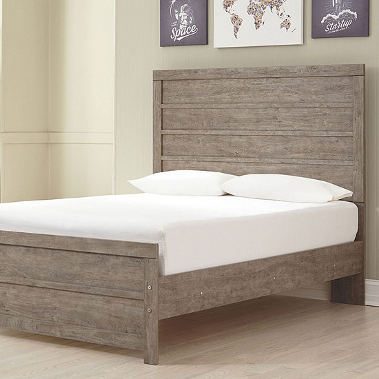 Signature Design By Ashley® Culverbach Panel Bed