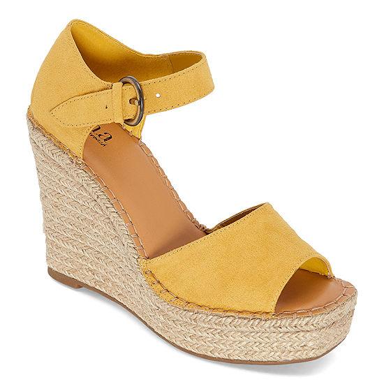 a.n.a Womens Xyla Wedge Sandals