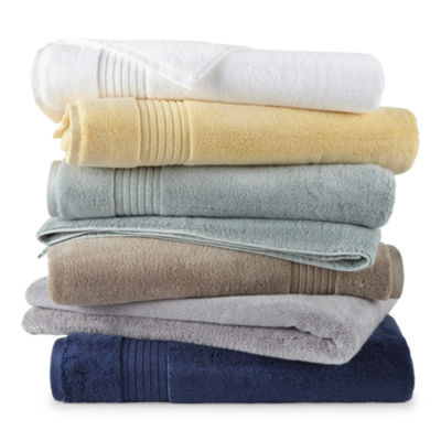 Liz Claiborne Signature Plush Bath Towel Collection
