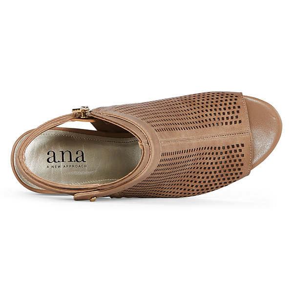 a.n.a Trout Womens Shooties