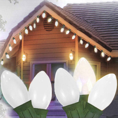 Set Of 25 Opaque Clear White C7 Patio Wedding Christmas Lights with Green Wire