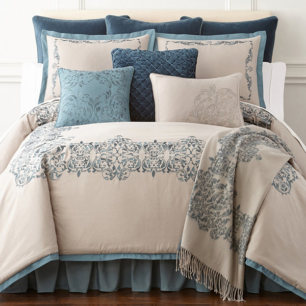 Royal Velvet Sienna 4-pc. Comforter Set