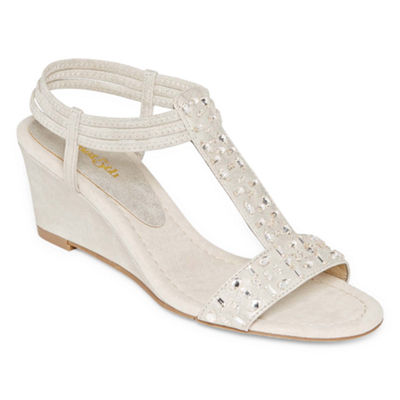 east 5th Finley Womens Wedge Sandals