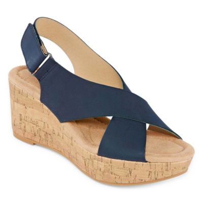 CL by Laundry Darcy Womens Wedge Sandals