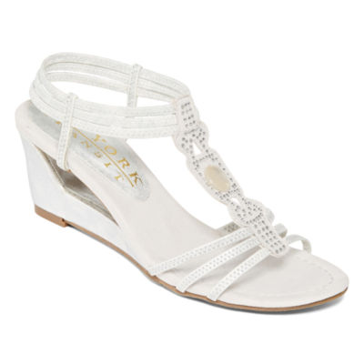 New York Transit Fancy Move Wedge Sandals