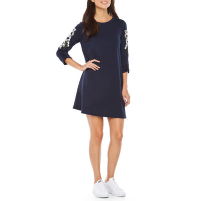 Alyx 3/4 Sleeve Embroidered Shift Dress