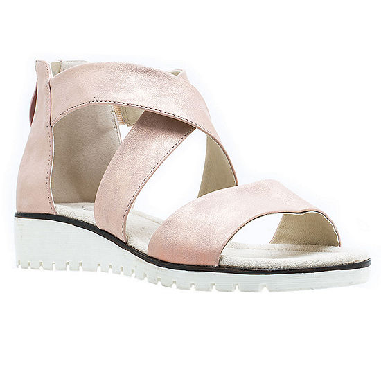 GC Shoes Womens Porchia Flat Sandals