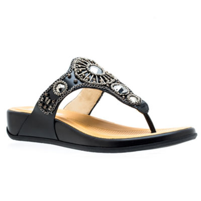 GC Shoes Womens Essence Flat Sandals