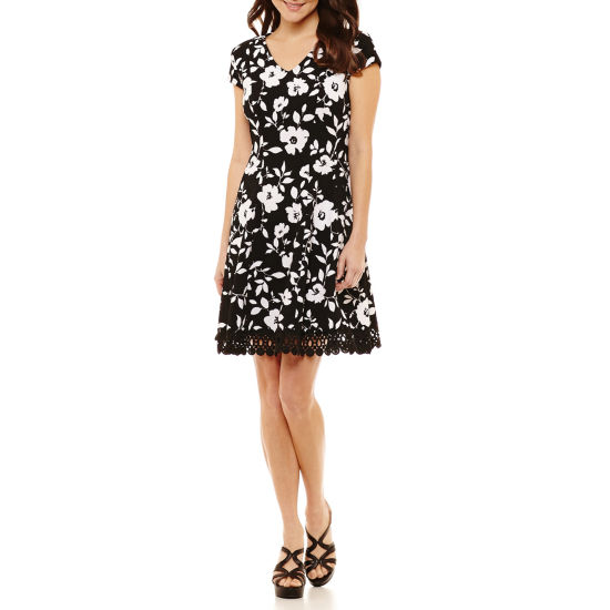 Studio 1 Short Sleeve Floral Fit & Flare Dress-Petites