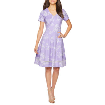 Robbie Bee Short Sleeve Floral Fit & Flare Dress