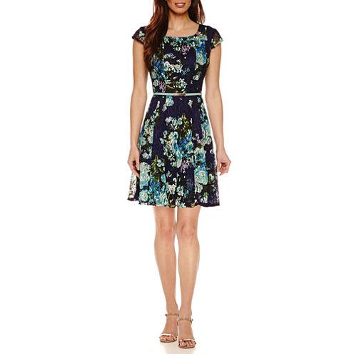 R & K Originals Short Sleeve Lace Fit & Flare Dress
