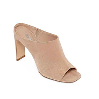 Style Charles Gregg Womens Pumps