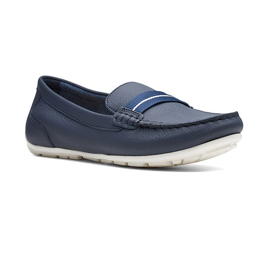 Clarks Womens Dameo Vine Slip-On Shoe