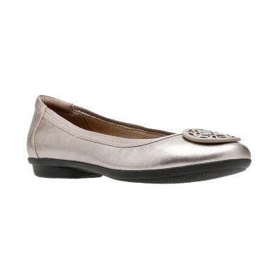 Clarks Womens Gracelin Lola Ballet Flats Pull-on Closed Toe