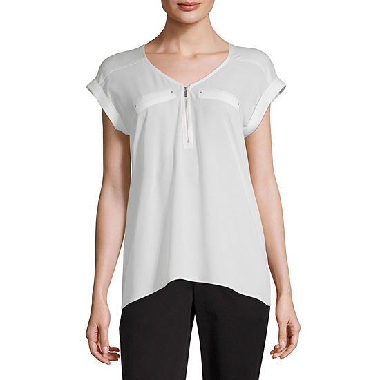 by&by Womens V Neck Short sleeve Blouse-Juniors