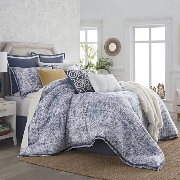 Liz Claiborne Melbourne 4-pc. Reversible Comforter Set