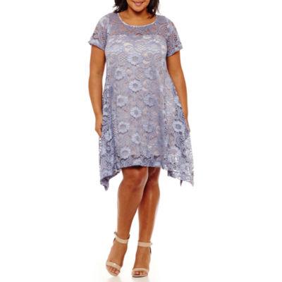 Robbie Bee Short Sleeve Floral T-Shirt Dresses - Plus