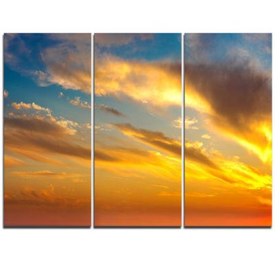 Designart Amazing Golden Sky At Sunset Modern Seashore Triptych Canvas Art
