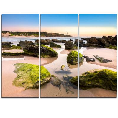 Designart Amazing Landscape At Noraha Head Large Seashore Triptych Canvas Print