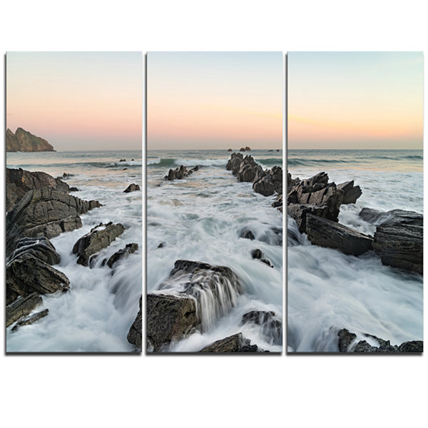 Designart Bay Of Biscay Spain Seashore Extra LargeWall Art Landscape