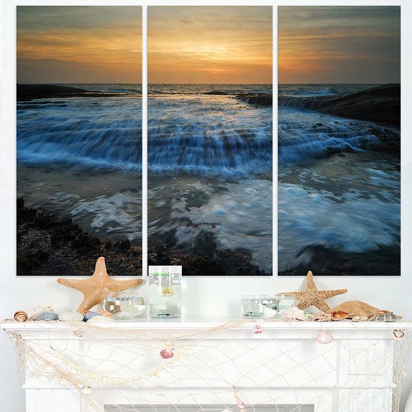 Designart Beach With Rushing White Waves Modern Beach Triptych Canvas Art Print