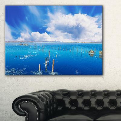 Designart Beautiful Blue Salk Lake Large SeascapeArt Canvas Print