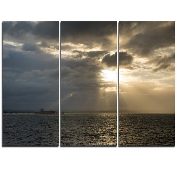 Designart Beautiful Cloudy Sunset At Australia Beach Large Seashore Triptych Canvas Print