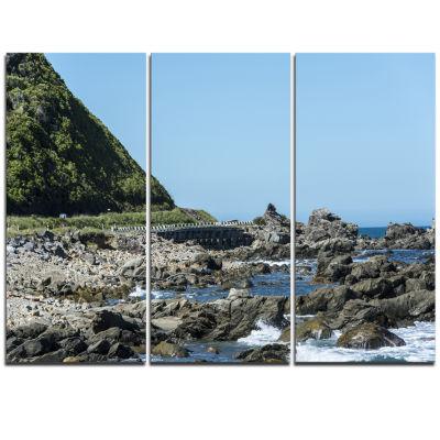 Designart Beautiful New Zealand Rocky Beach ModernSeascape Triptych Canvas Artwork
