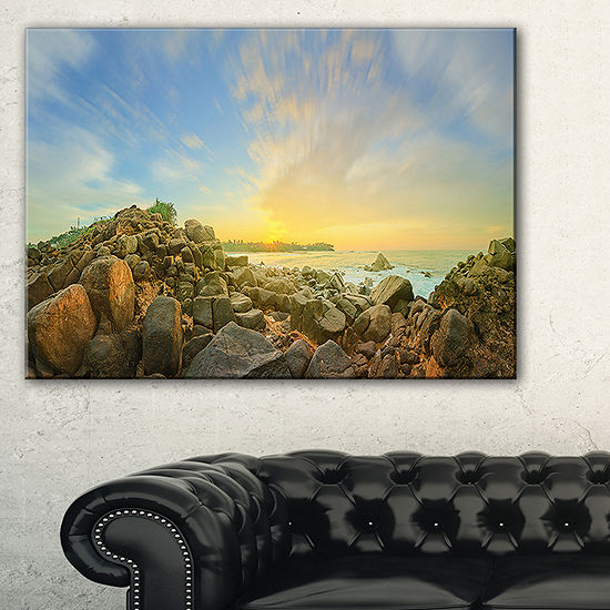 Designart Beautiful Romantic Beach Sunrise Landscape Artwork Canvas