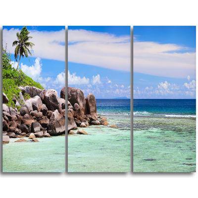 Designart Beautiful Seychelles Rocky Coast Landscape Triptych Canvas Art Print