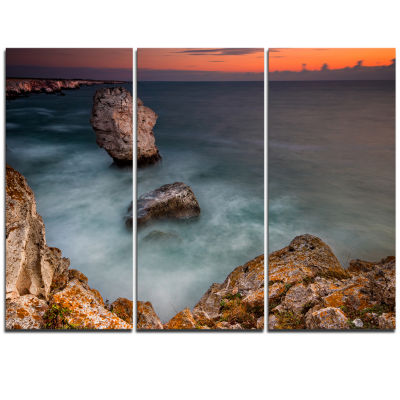 Designart Big Rock Formations Near Tulenovo BeachPhoto Triptych Canvas Print