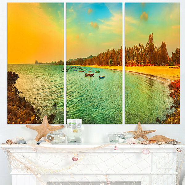 Designart Blue Tinged Indian Ocean Panorama LargeSeascape Art Triptych Canvas Print