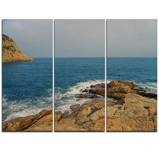 Designart Blurred Waters In Hong Kong Beach ExtraLarge Seashore Triptych Canvas Art