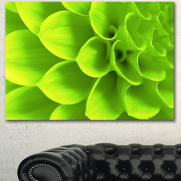Designart Bright Green Flower Petals Floral CanvasArt Print - 3 Panels
