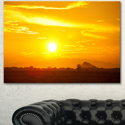 Designart Bright Yellow Sky At Sri Lanka Sunset African Landscape Canvas Art Print - 3 Panels
