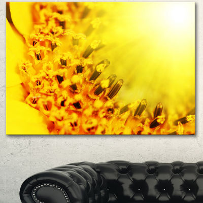 Designart Bright Yellow Sunflower Close Up FloralCanvas Art Print - 3 Panels