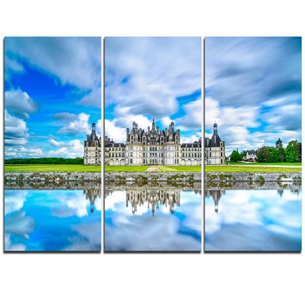Designart Chateau De Chambord Castle In Blue Oversized Landscape Wall Art Print