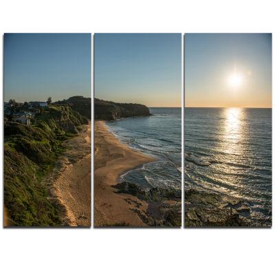 Designart Clam Sea Waters At Sydney Beach Large Seashore Triptych Canvas Print