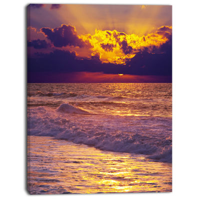 Designart Clouds In Bright Sunshine At Sunset Oversized Landscape Canvas Art