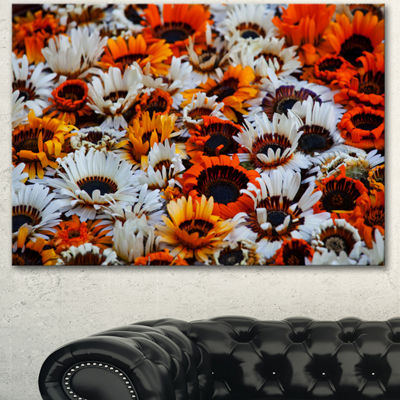 Designart Colorful Sunflowers In Garden Floral Canvas Art Print - 3 Panels